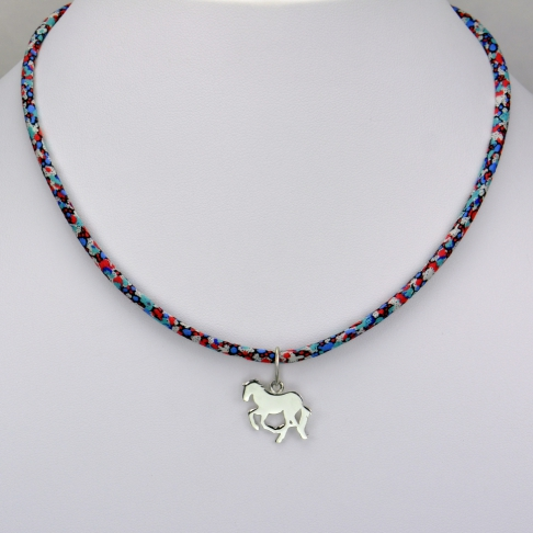 Cheval sur collier Liberty