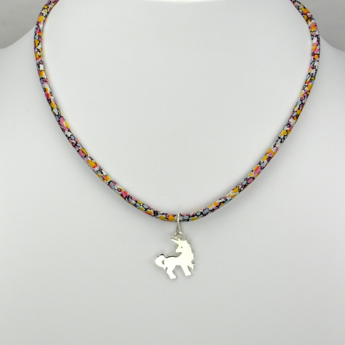 Licorne sur collier Liberty