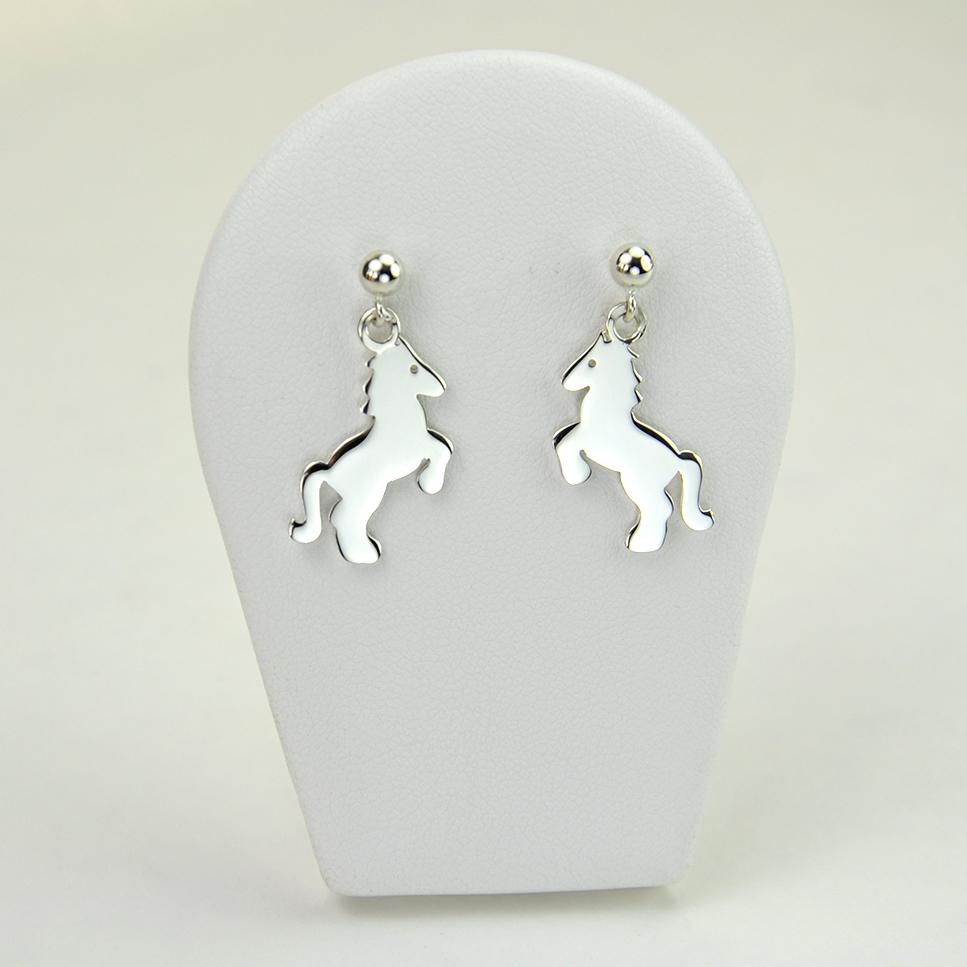 Petits chevaux en boucles d'oreilles