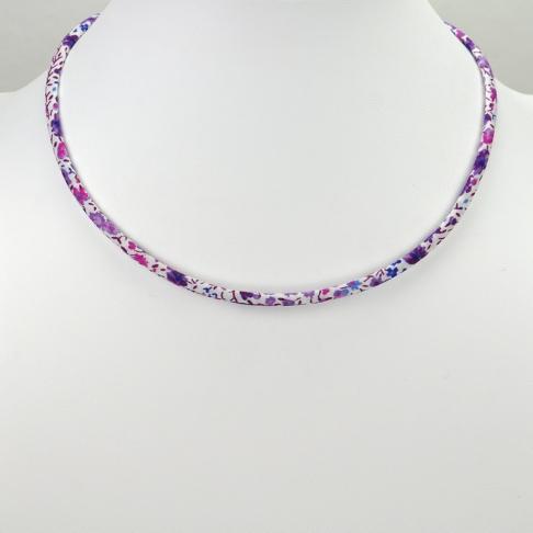 Collier Phoebe violet