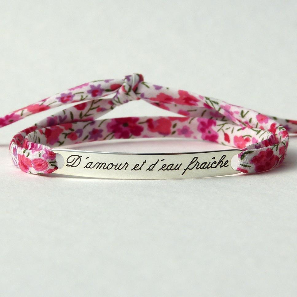 """Bracelet message """"D'amour et d'eau fraîche"""""""