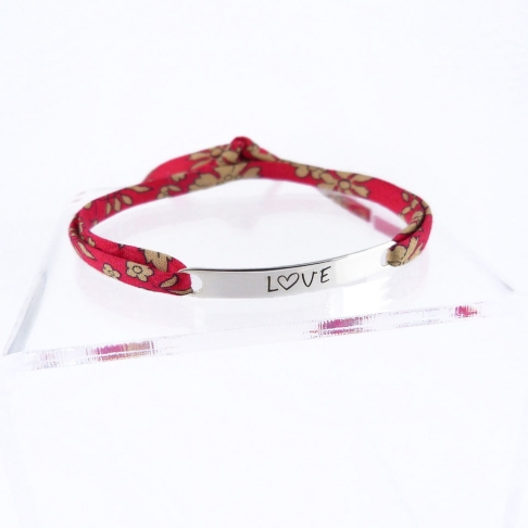 "Bracelet message ""Love"""