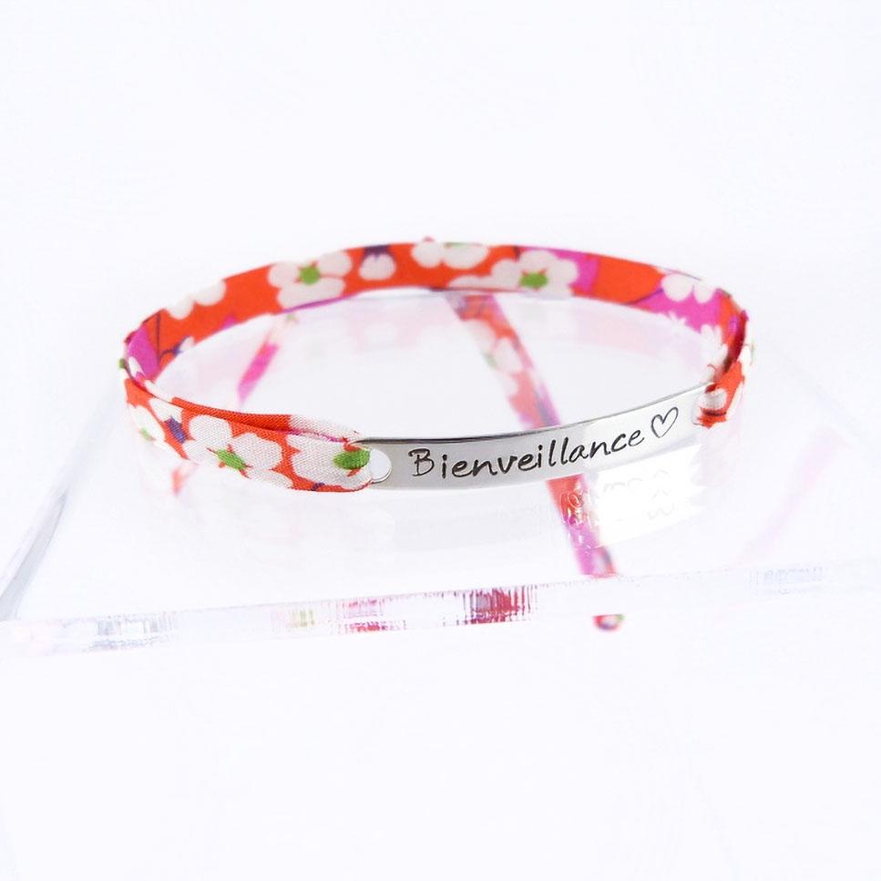 "Bracelet message ""Bienveillance"""