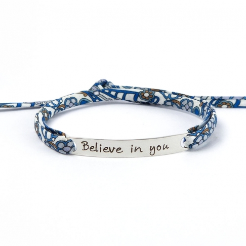 "Bracelet message ""Believe in you"""
