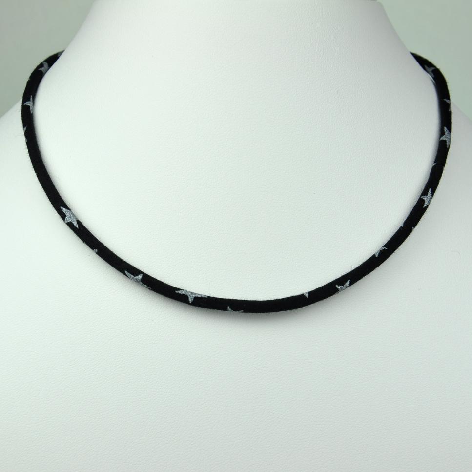 Collier Etoile noir