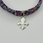 Fleur de lys sur bracelet Liberty