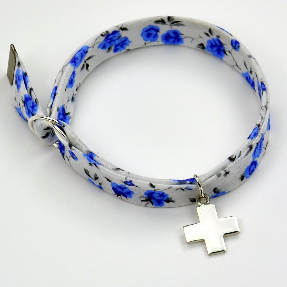 Croix sur bracelet Liberty